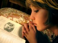 10 poemas evangélicos para homenagear as mães