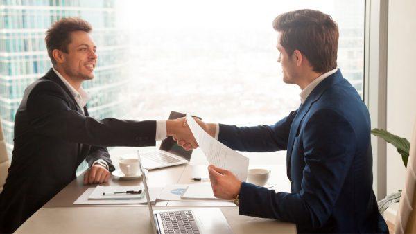 Conheça 7 motivos para um cristão abrir uma conta empresarial no banco Santander